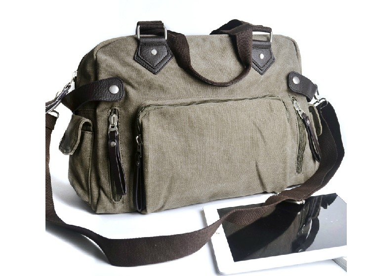 Travel bags for men, shoulder bag - BagsEarth