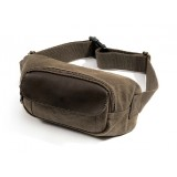Fanny pack fashion