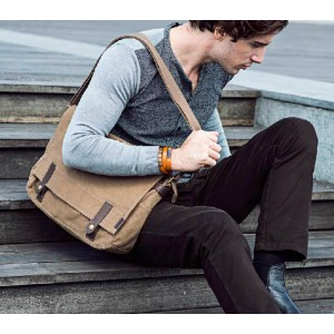 khaki vintage shoulder bag