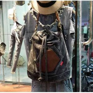 black ladies messenger bag